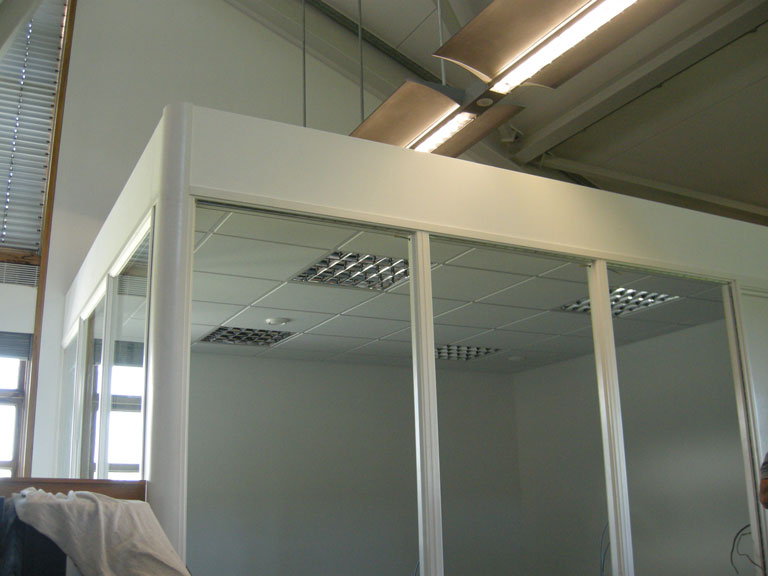 Free Standing Partitions